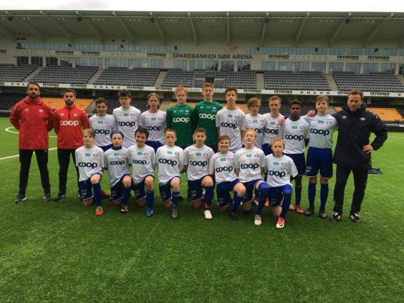 Her er G14-laget som gikk til topps i Kristiansand. Vi gratulerer!