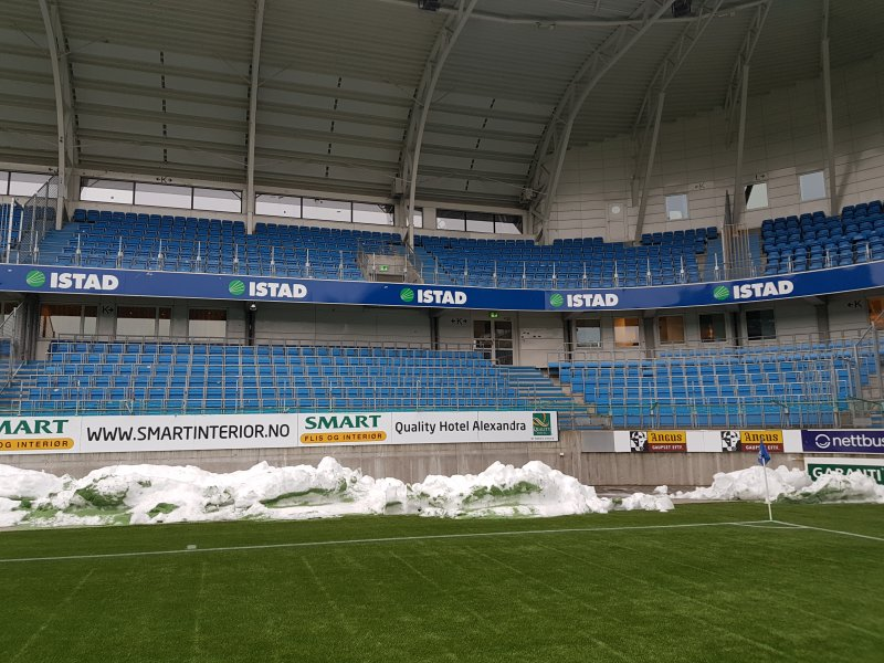 Slik ser bortelfeltet på Aker stadion ut.