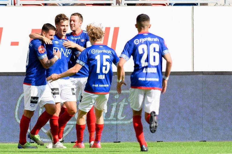 Osame Sahraoui, Henrik Udahl og Aron Dønnum sto bak Vålerengas scoringer mot LSK (Foto: Morten Mitchell Larød / SPORTFOTO)