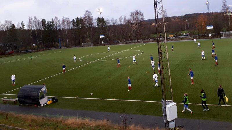 Vålerenga og IFK Norrköping i aksjon i Karlskoga (Foto: Thomas Hasselgren)