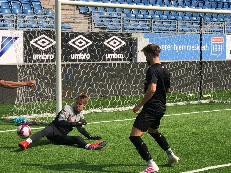 Kjetil Haug i aksjon under sin første trening med Vålerenga onsdag formiddag (Foto: VIF Media)