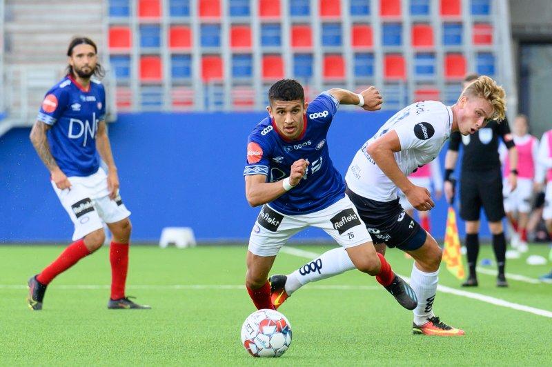 Osame Sahraoui spilte en god kamp for Vålerenga (Foto: Morten Mitchell Larød / SPORTFOTO)