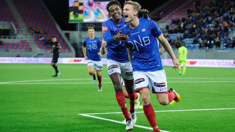 Juklerøds 3-0-scoring mot Haugesund i 2017 ble kåret til årets mål av våre supportere. Her jubler han sammen med Abdisalam Ibrahim (Foto: Sjur Stølen / Digitalsport)