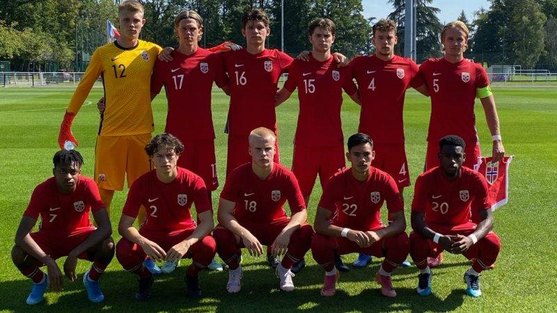 Magnus Sjøeng og Brage Skaret for U20-landslaget (Foto: NFF)