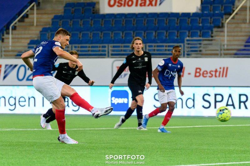 Benjamin Stokke satte inn 2-1 for Vålerenga 2 (Foto: Morten Mitchell Larød / SPORTFOTO)